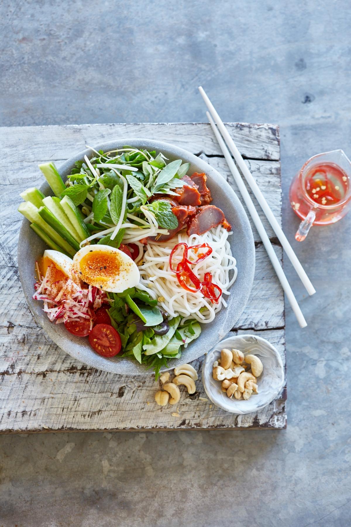 sandwhiches & salads AM 147